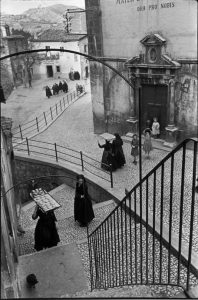 Henri Cartier-Bresson, Scanno, 1951